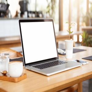 عکس لپ تاپ و اتاق کار با کیفیت بالا